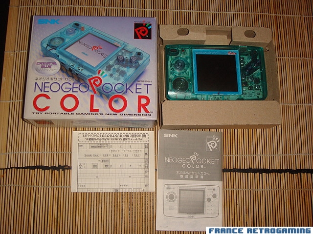 Neo Geo Pocket Color version Crystal Blue japonaise