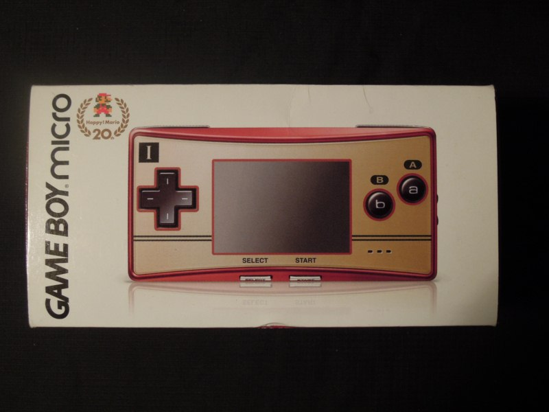 Game Boy Micro Famicom Edition Mario 20th Anniversary